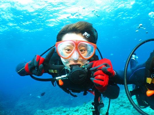 【恩納村】1グループ貸切体験ダイビング!「青の洞窟」で海中世界をのぞきに行こう!(No.2)