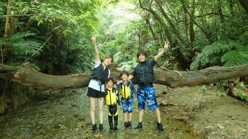 【3〜11月限定】2歳から参加可能!子供が主役のやんばる冒険!リバートレッキングツアー(No.44)