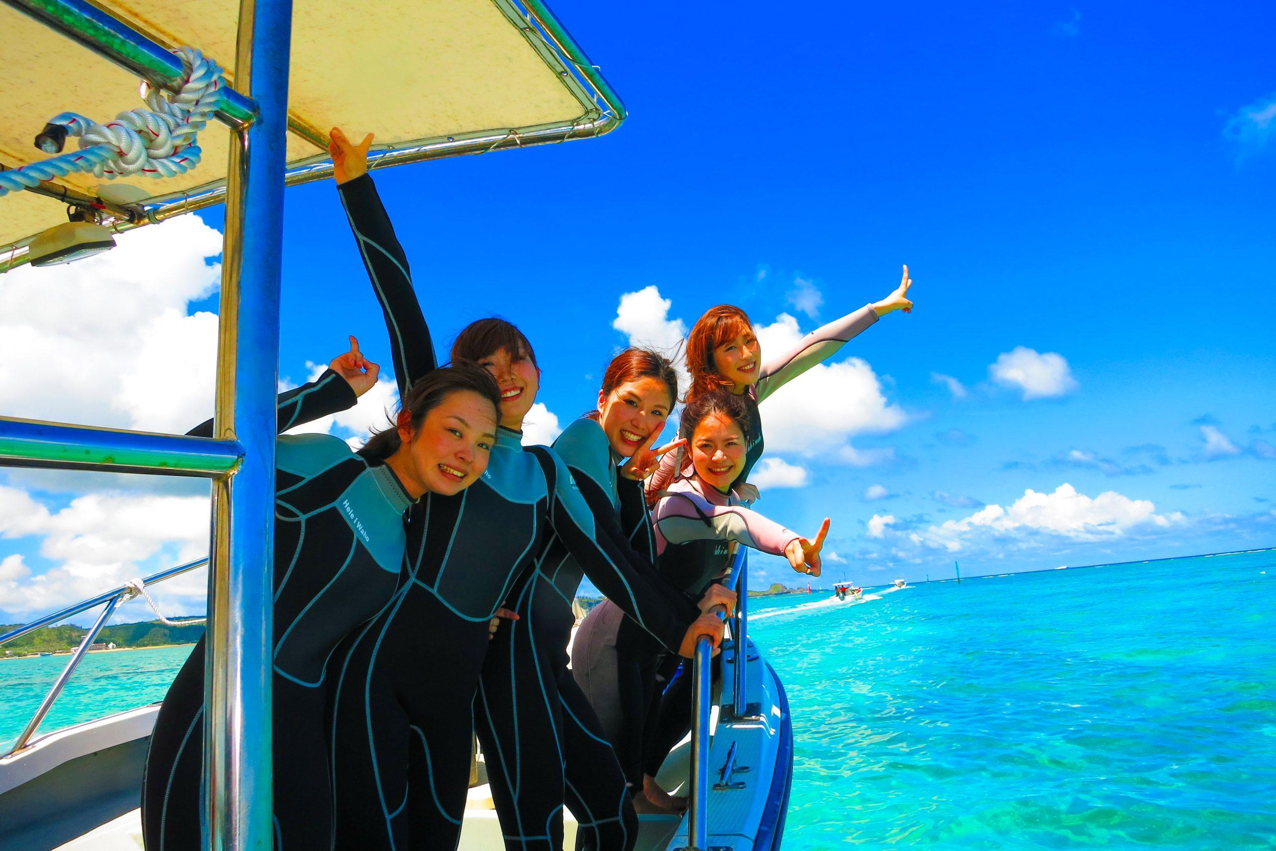 【恩納村】【貸切制】らくらくボート開催!「青の洞窟」体験ダイビング(写真・動画撮影サービス付)(No.77)
